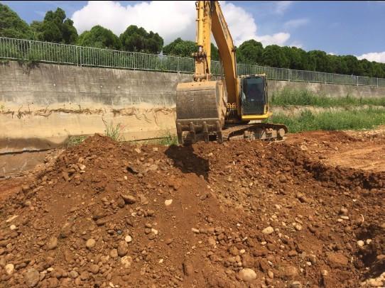 基礎開挖 (D 區 D15~18)-1
