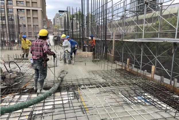 2F 混凝土澆置導築作業