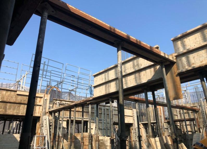 11FL(B 棟)梁底及樓板模板組立-1
