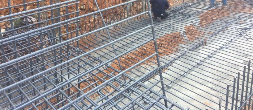二期擋土牆基礎鋼筋綁紮
