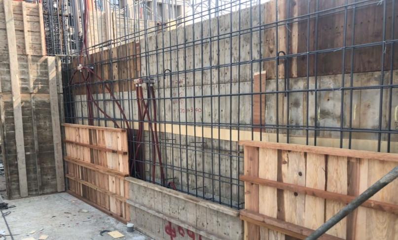 B 棟 13F 柱牆模板組立