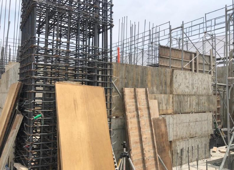 B棟16F牆柱模板組立