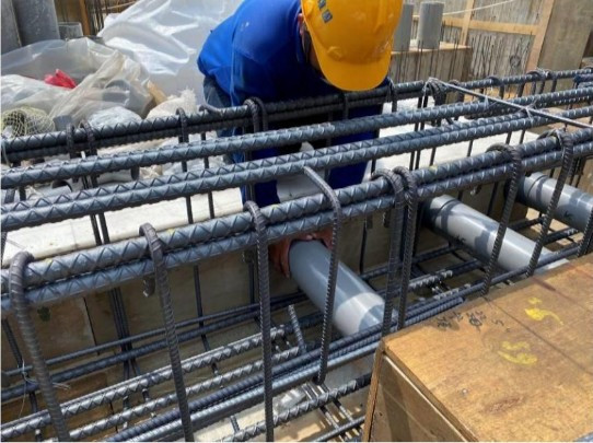 1F 底板水電套管施作