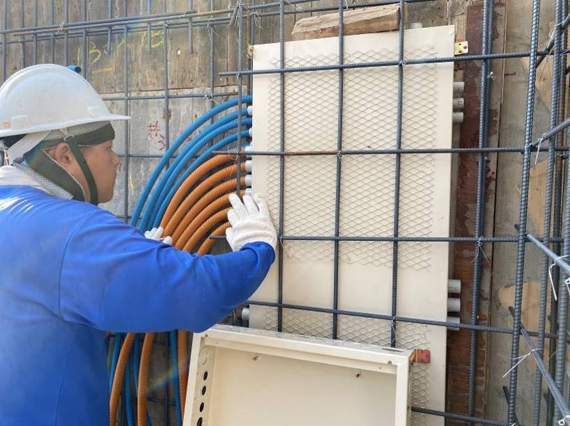 B棟5F柱牆水電配管(開關箱定位及管路配置)