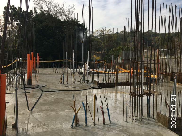 會館`、S、`D4 區 2FL 樑版混凝土灑水養護