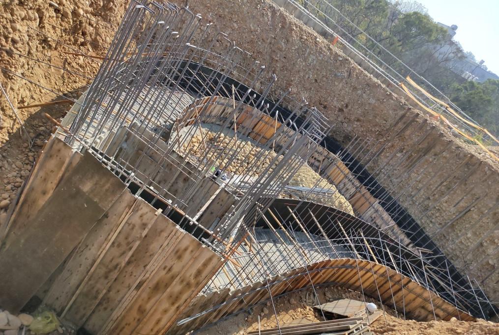 二期滯洪池基礎鋼筋綁紮