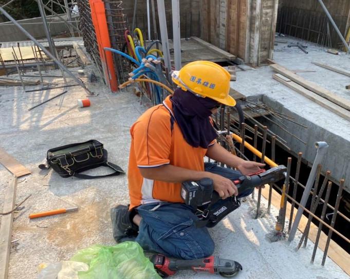 C 區 2F 水電牆面配管