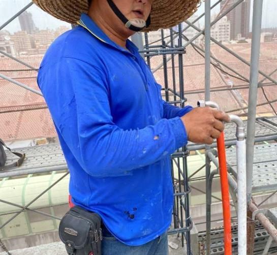 B 棟 7F 柱牆水電配管(給水管路壓接延伸)