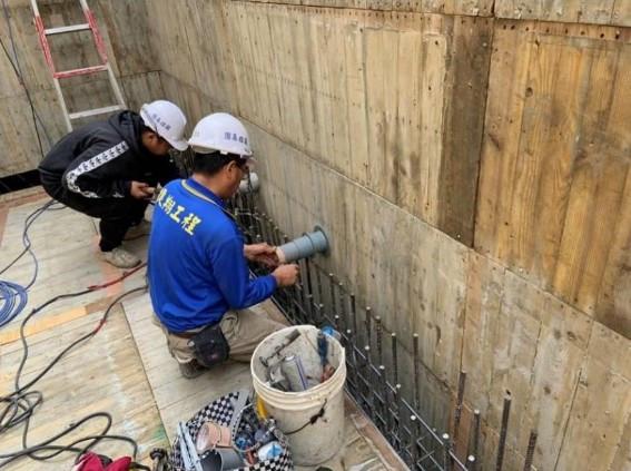 B4F 水箱(A3)套管施作
