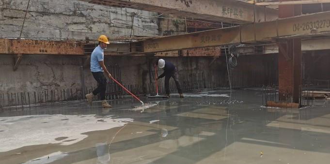 B1FL 配合地坪放樣積水清理