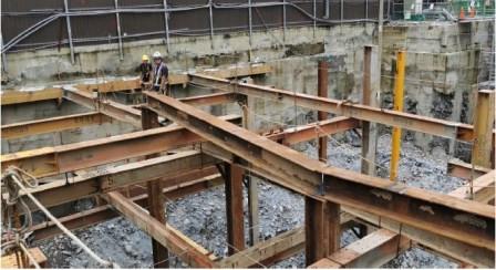 22.避開BF 樓梯構台柱及水平支撐調整移位