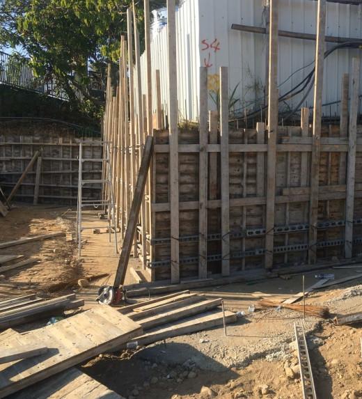 會館圍牆模板組立