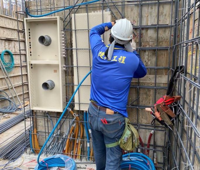 B 棟 9F 柱牆水電配管