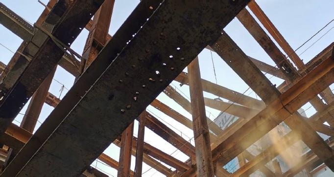 第四層水平支撐拆除吊運