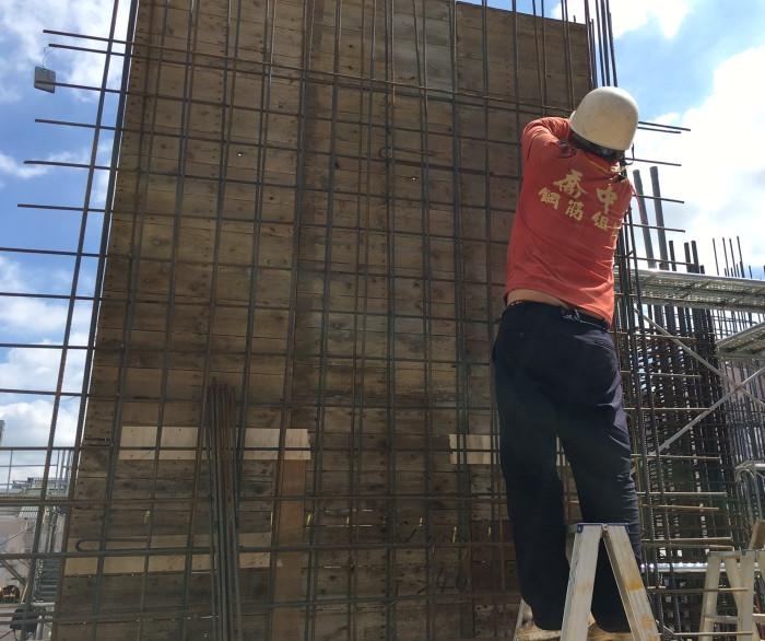 5F L(B 棟) 牆、鋼筋綁紮作業