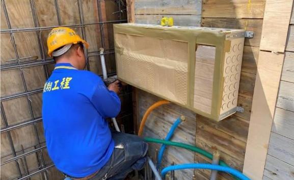 B2F 柱牆水電配管(箱體安裝)