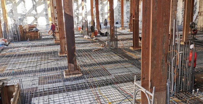 B3FL 下層板筋綁紮及水電配管