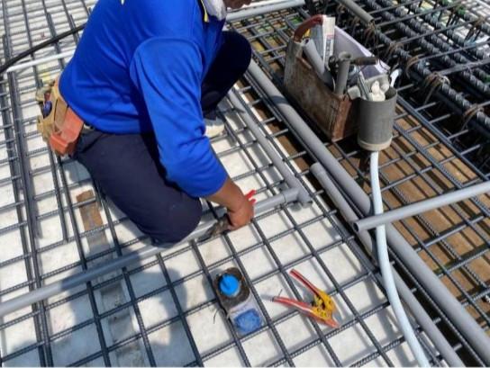 1F 底板水電管路配置(店面冷氣排水)