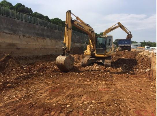 基礎開挖 (D 區 D10~13)