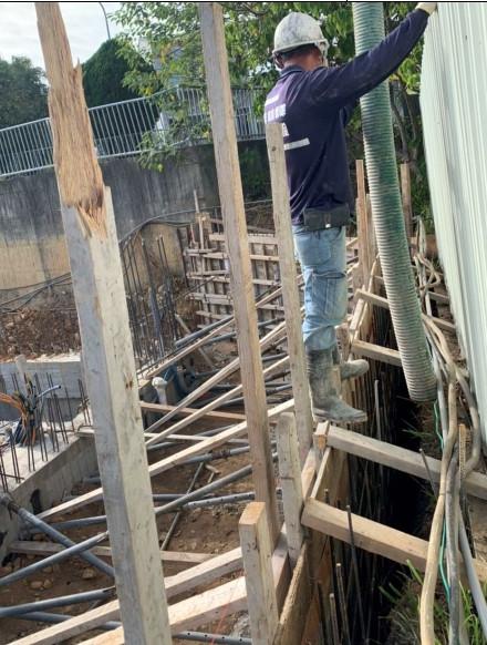 會館圍牆混凝土澆置