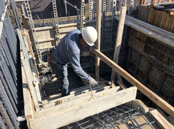 6FL樓梯模板組立