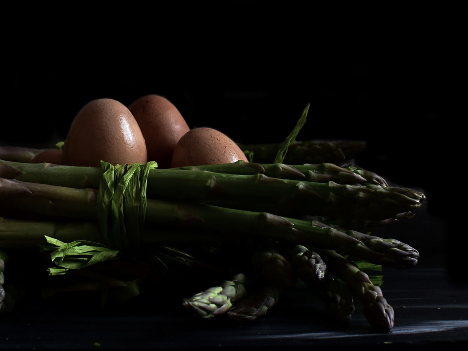 Eggs with asparagus