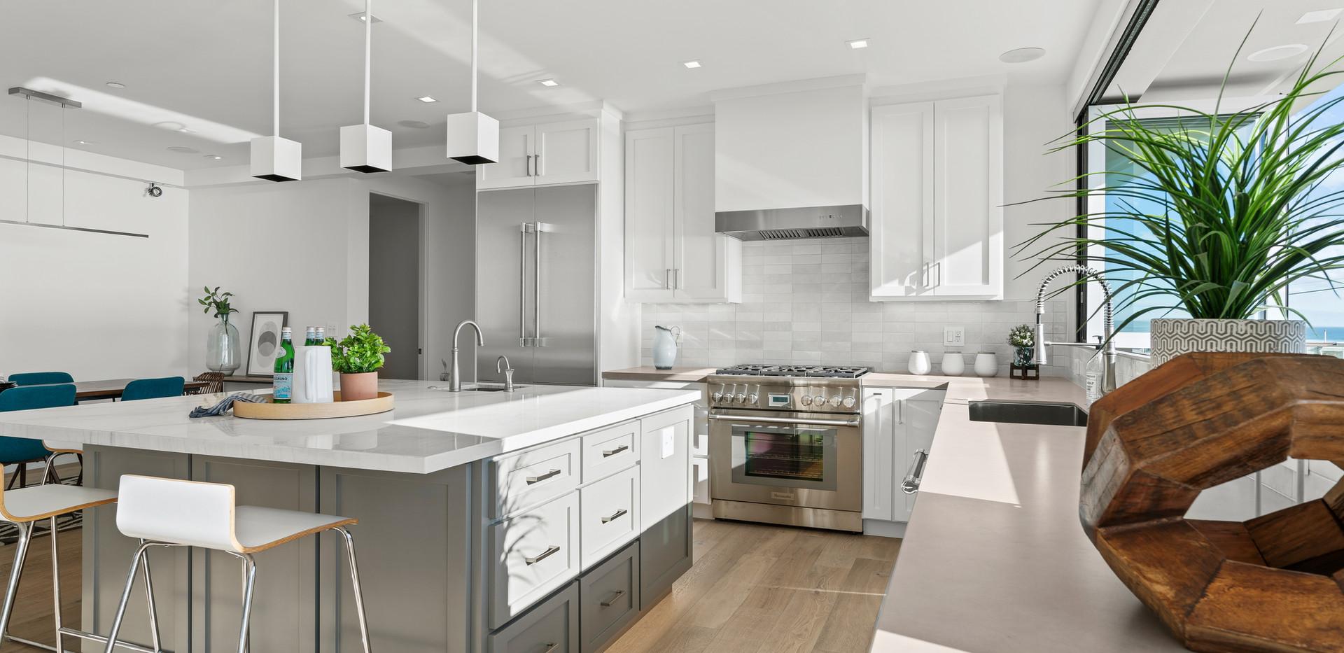 2nd Floor Penthouse - Kitchen