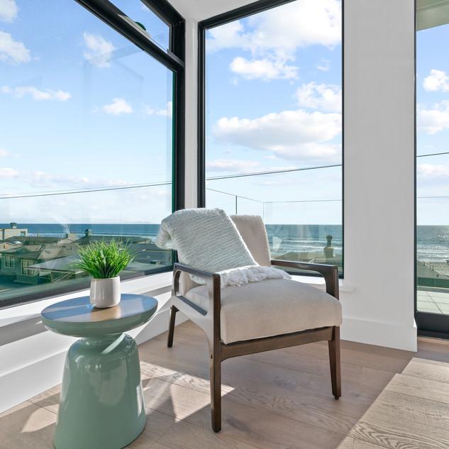 2nd Floor Penthouse - Guest Bedroom