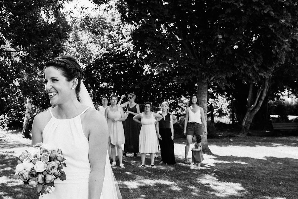 photographe mariage lance de bouquet