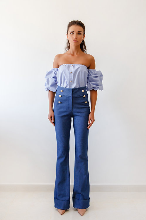 High waist denim trousers and off the shoulder set