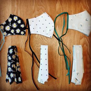 stropdassen en mondkapjes.jpg