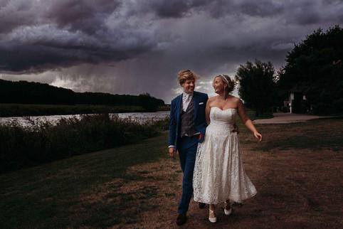 storm en bruidspaarjpg