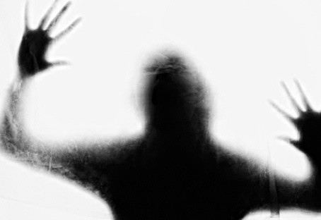 [속보]'알몸 여성 소화기 난동 후 숨진 채 발견' | 선불폰팝니다 | 선불유심팝니다