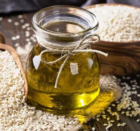 Les 6 meilleures huiles végétales pour vos cheveux