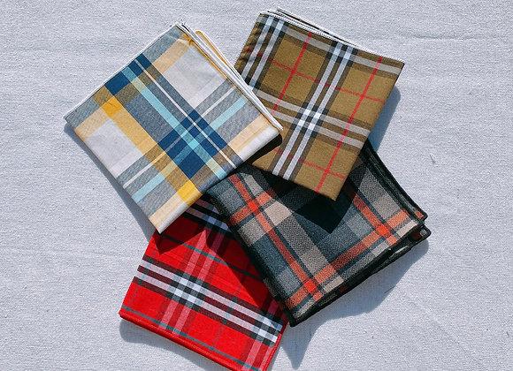Lot de 4 Mouchoirs écossais