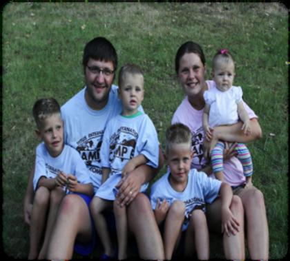 Tamas-family-300x271.png