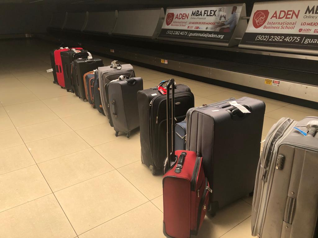 luggage-at-airport