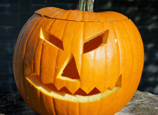 25 Poundland bargains for you & the kids this Halloween