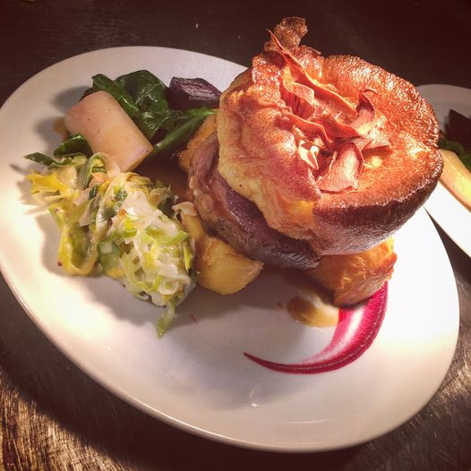 A delicious looking Sunday Roast from the Bank Tavern