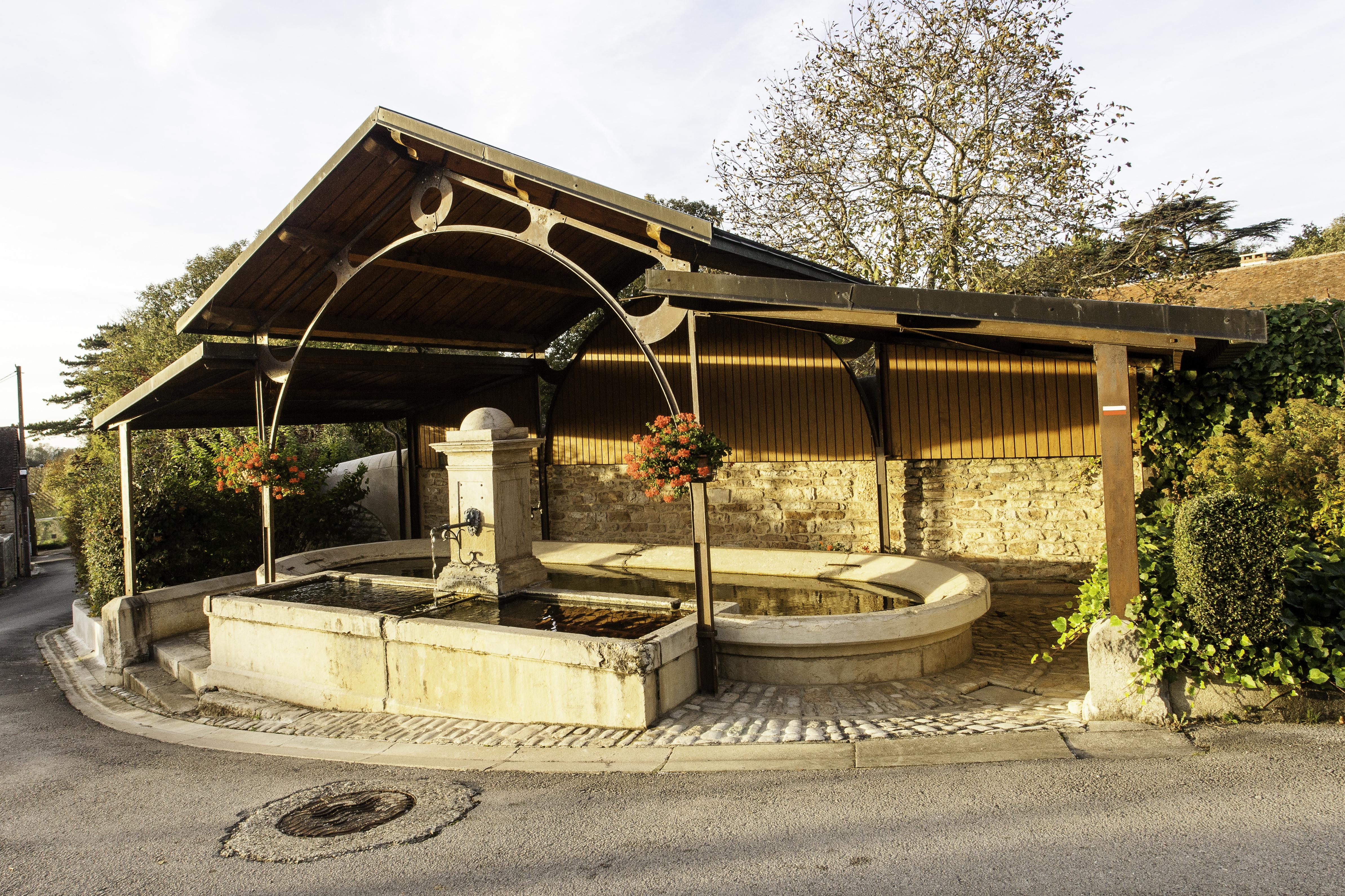 La Fontaine Lavoir de la Mairie
