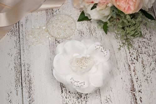 Bridal Flower Hair Clip in Diamond White