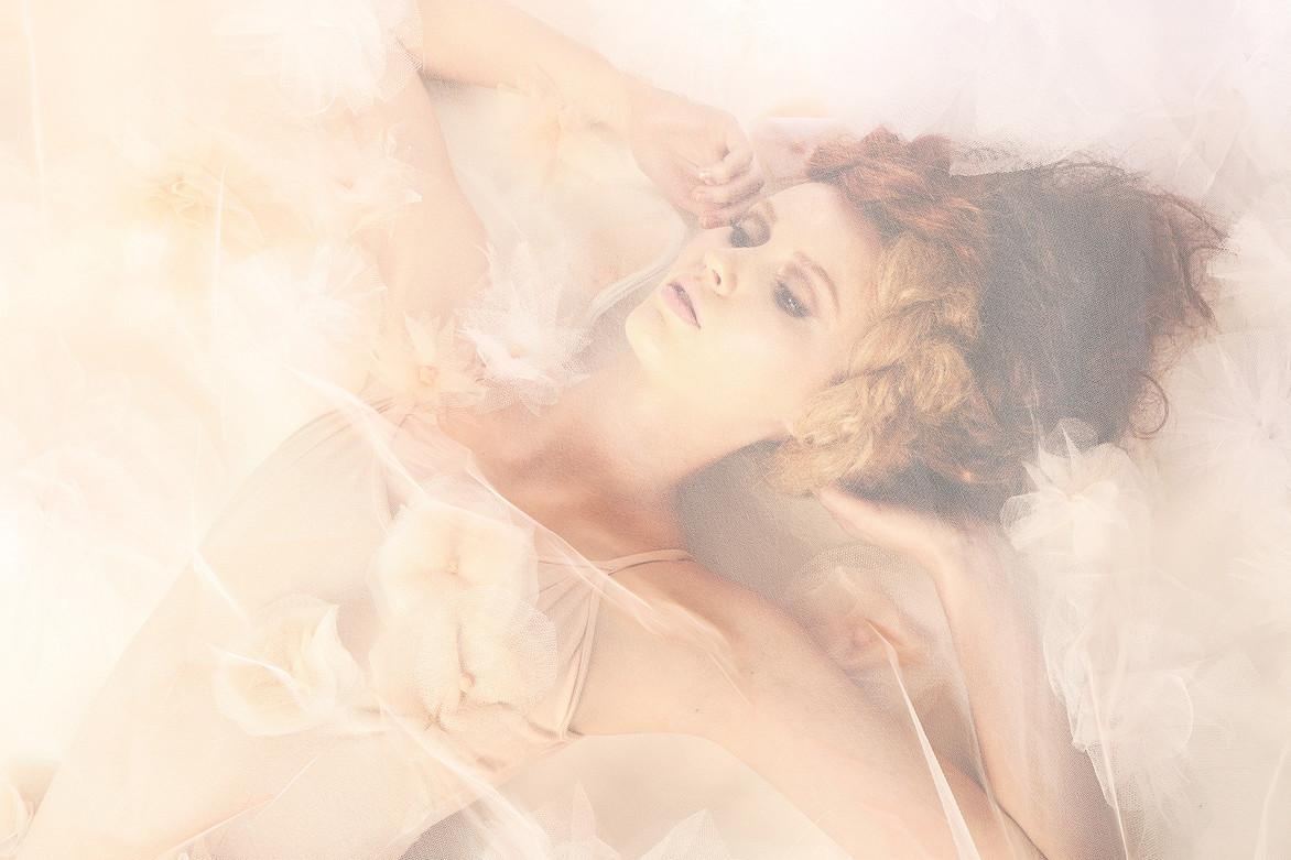 """""""White Swan"""" for XO Image Magazine  by Jesse Ashton Photography"""