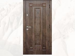ТОП-3 моделі класичних вхідних дверей