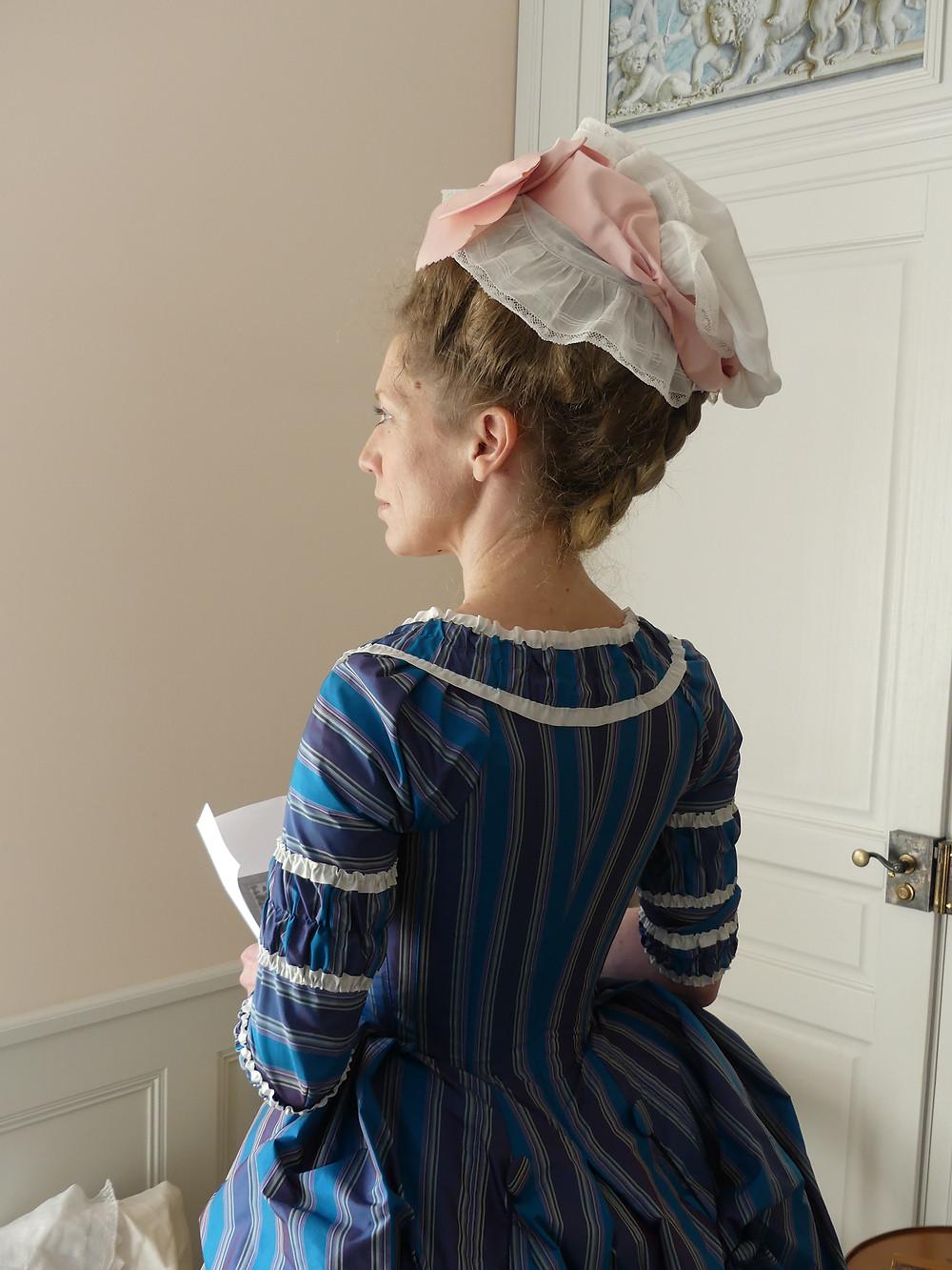 Die Rückenansicht der Polonaise aus dem Musée d'Art et d'Histoire in Fribourg. Foto: Fabrice Robardey