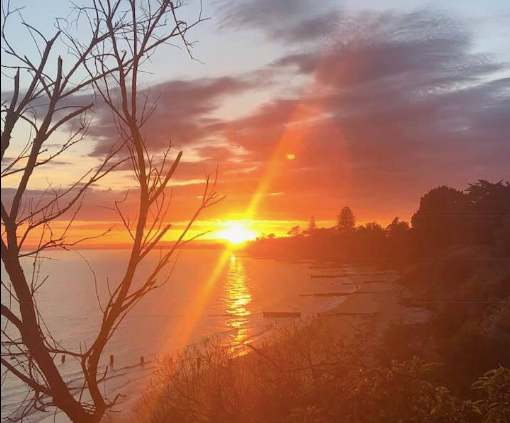 Cowes beach sunrise Justin Mcleod.png
