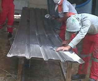 Jasa Pembuatan Atap Fiberglass