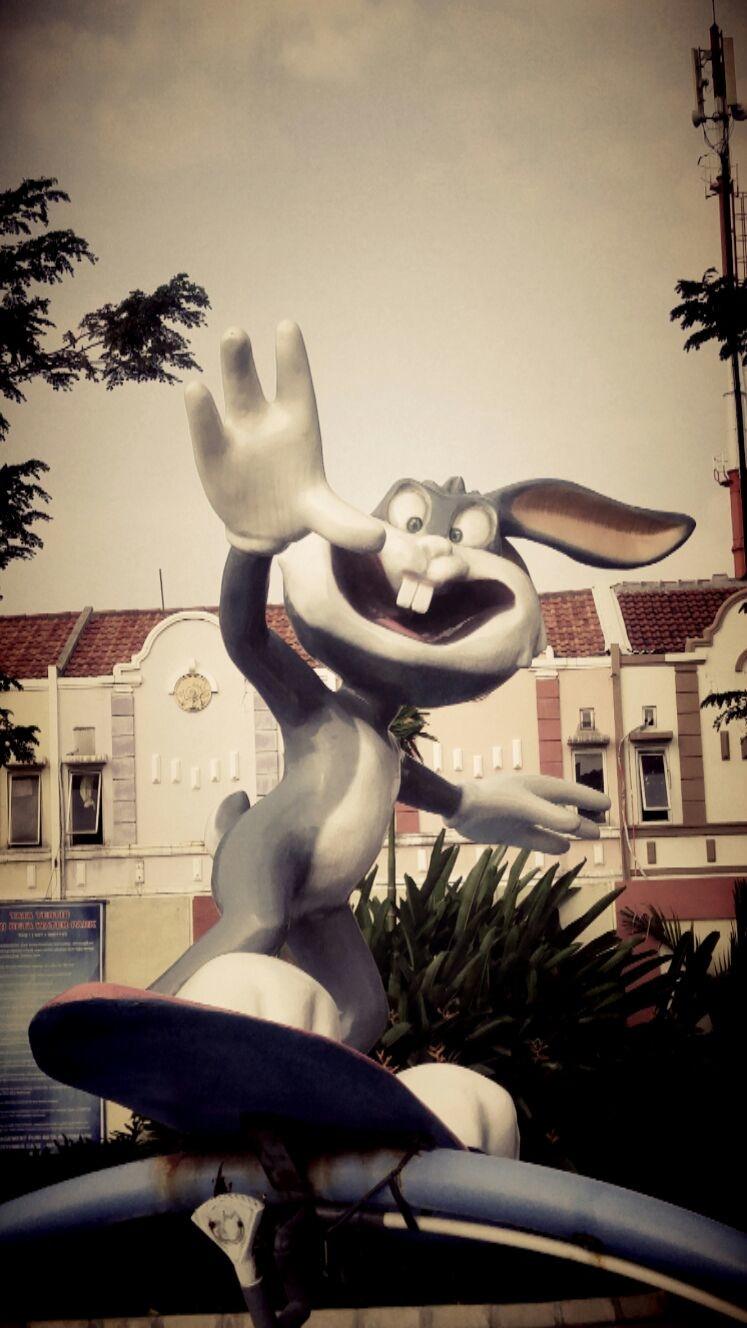 Patung kelinci fiberglass