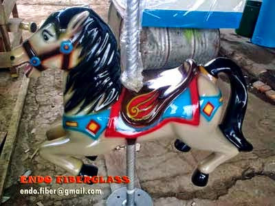 Membuat Patung Kuda Fiberglass