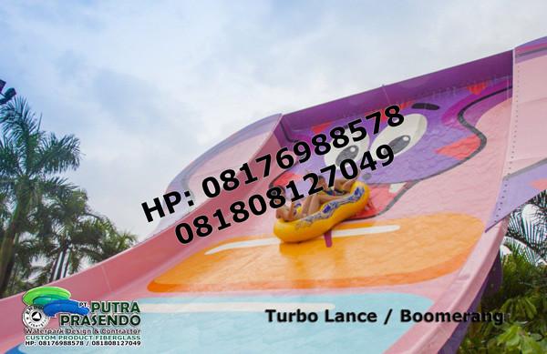 Boomerang-Water-Slider-Waterpark-5