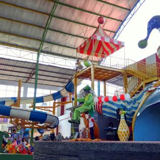 Waterpark Indoor di Jatiasih Bekasi